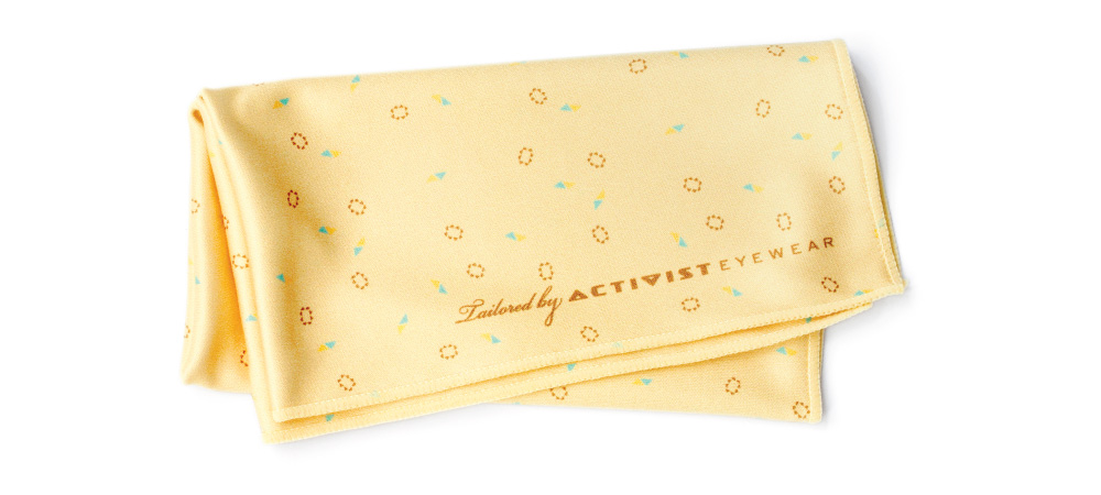 hanky_confetti_yellow_rectangle_web